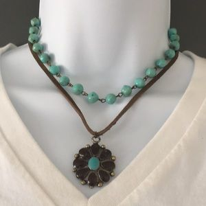 Vintage necklace (Bundle 3 listings for $25)